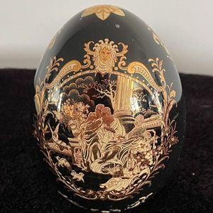 Beautiful Black and gold Decorative Egg